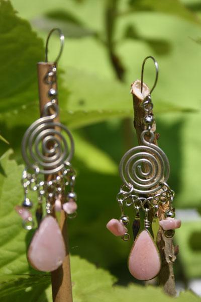 Boucles d'oreilles en quartz rose modèle nazca.