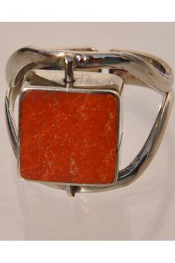Bague jaspe rouge et nacre