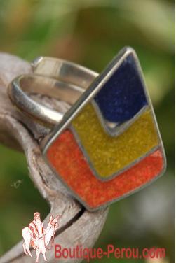 Bague avec des pierres du Pérou, pièce unique