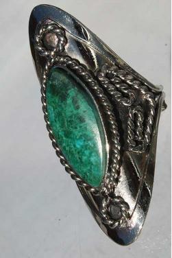 Bague avec pierre turquoise