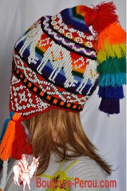 Bonnet péruvien Ocongate, dessins lamas des Andes