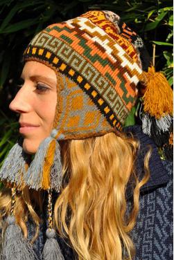 Bonnet péruvien ou chullo d'Ocongate