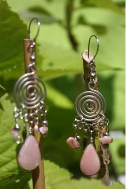 Boucles d'oreilles en pierre quartz rose Nazca