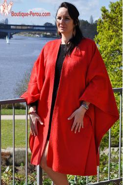 Manteau Cape rouge en laine d'alpaga