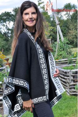 Cape noir des Andes en laine d'alpaga