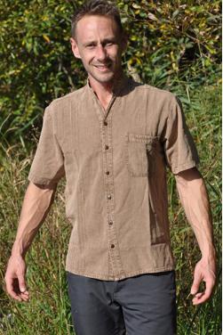 Chemise homme coton doux.