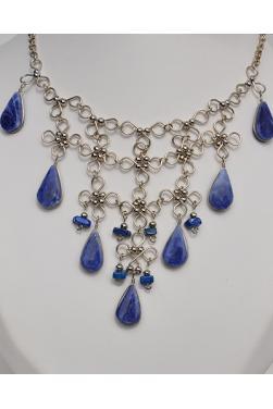 Collier Nusta en lapis-lazuli.