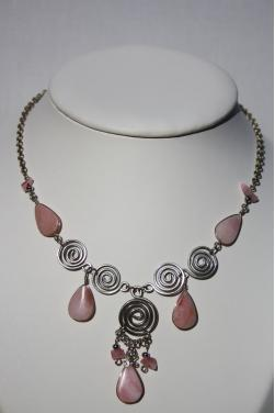 Collier Nazca pierre quartz rose