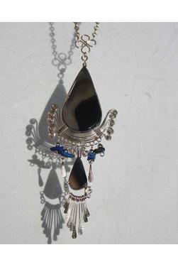Collier en obsidienne des Andes