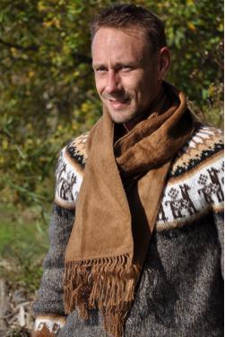 Echarpe en laine d'alpaga camel