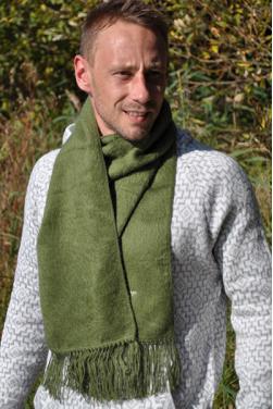 Echarpe en laine d'alpaga kaki