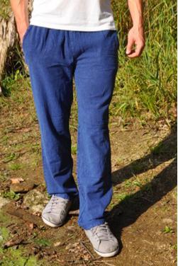 Pantalon coton naturel beu indigo.