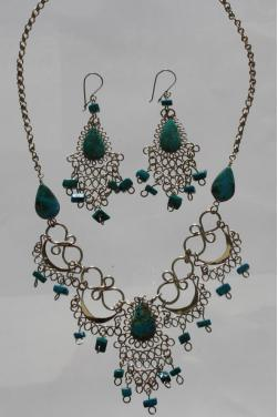 Ensemble de bijoux assortis en turquoise