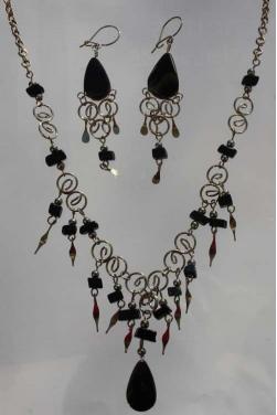 Parure bijoux Qosqo pierre onyx
