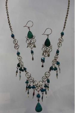Parure bijoux Qosqo pierre turquoise