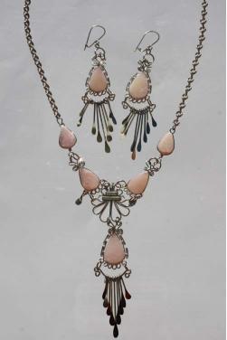 Parure bijoux Ticka pierre quartz rose