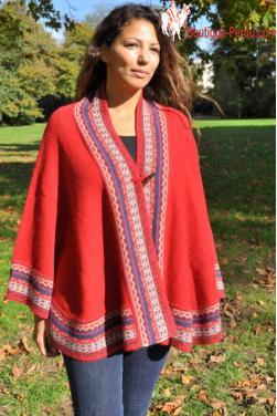Poncho femme rouge des Andes en laine d'alpaga