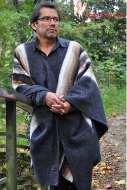 Poncho péruvien alpaga gris anthracite