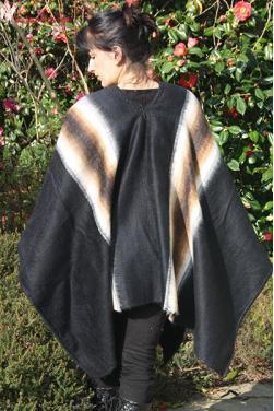 Poncho grande taille couleur noire