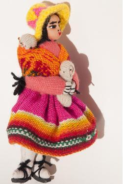 Grande poupée péruvienne