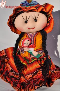 Poupée péruvienne cholita de Cuzco.