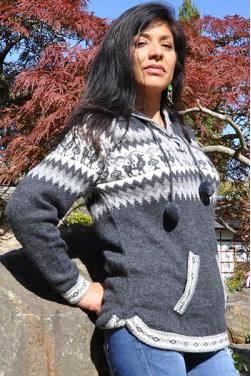 Pull pour dame en laine d'alpaga de couleur gris