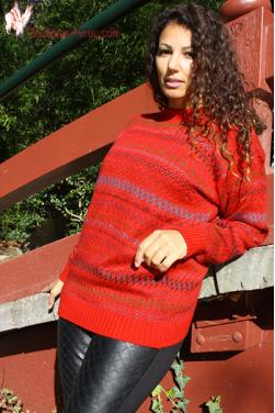 Pull-over femme rouge indien
