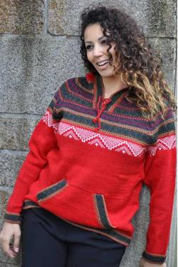 Pull alpaga rouge des Andes.