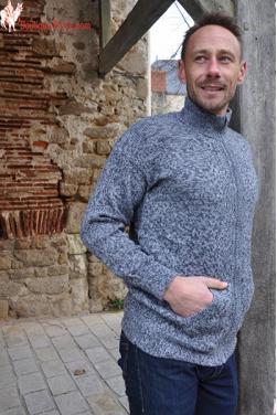 Veste grande confort gris souris en laine d'alpaga.