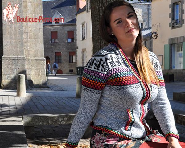 Cardigan-femme-coupe-cintre-couleur-gris-laine-alpaga-boutique-perou