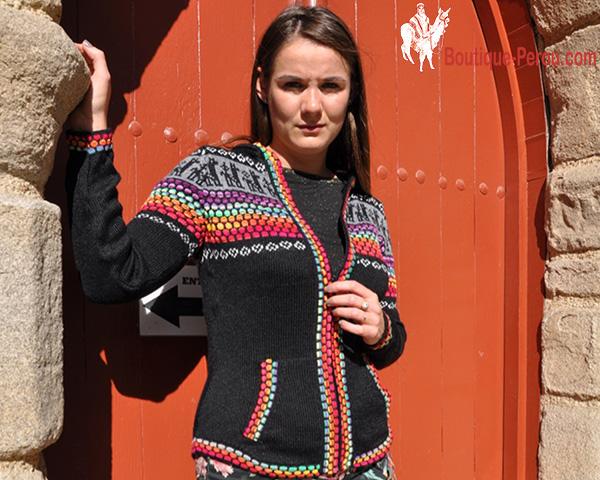 Cardigan-femme-coupe-cintre-couleur-noir-laine-alpaga-boutique-perou